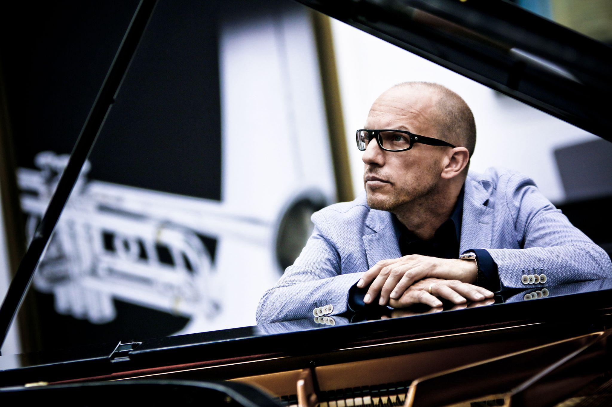 ANTONIO FARAO' TRIO – Concerto Jazz